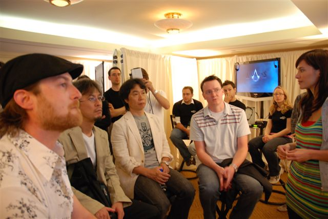 Miyamoto Checks out Assassin's Creed ? Or Jade?