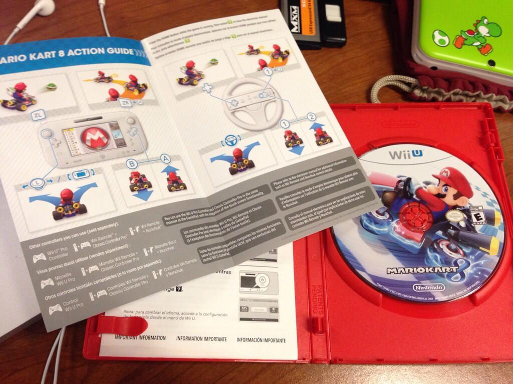 mario-kart-8-booklet-disc
