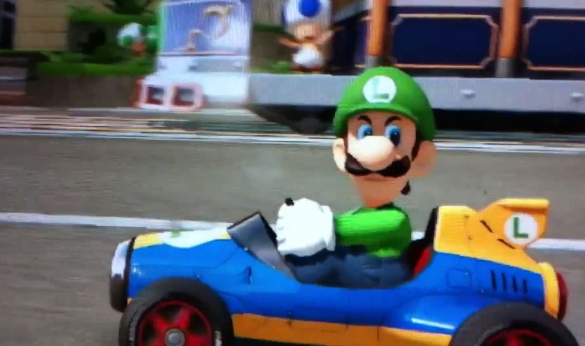 Video: New Japanese Mario Kart 8 Commercial Features Luigi's Famous Death Stare